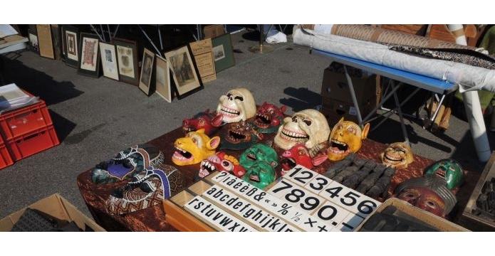 Bleší trh na Naschmarktu ve Vídni je plný pokladů i bizarností - uvodni