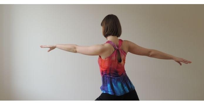 Tričko barvami duhy malované - duhove-triko-uvod