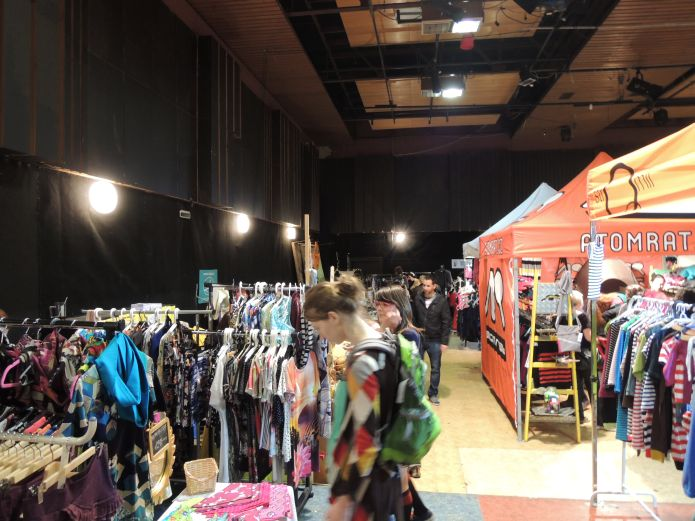 Factory Fashion Market 10