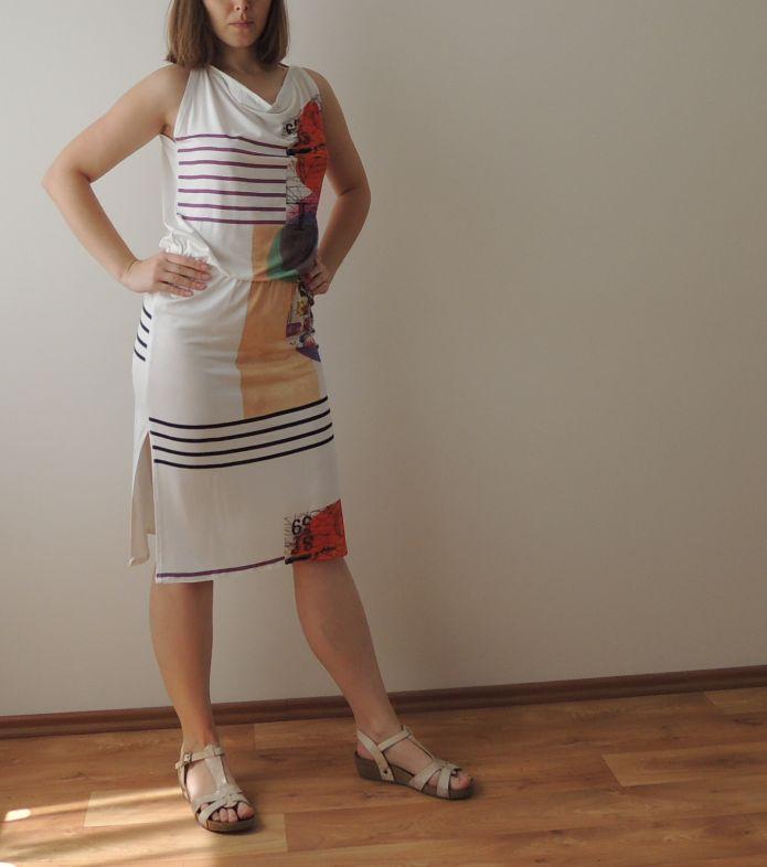 Úpletové šaty s vodou