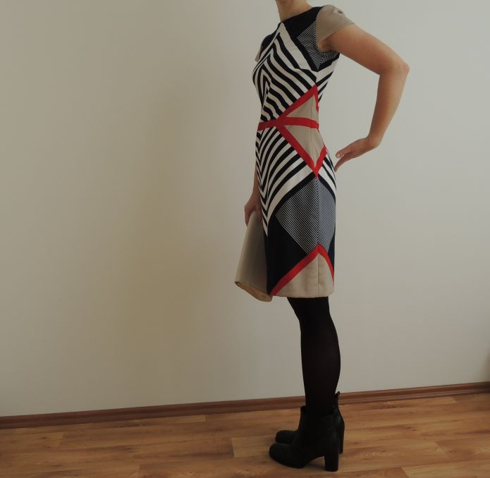 Symetrické šaty